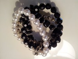 aufwändiges Perlenarmband