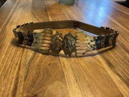 Ausgefallener Ledergürtel mit Metallelementen weitenverstellbar
