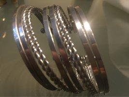 Bijou Brigitte Sztywna bransoletka srebrny
