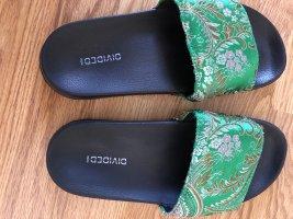 H&M Divided Klompen zwart-groen