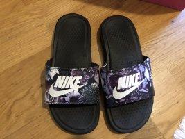 Nike Sandalias de playa multicolor