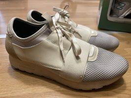Balenciaga Race Runner Sneakers EUR39