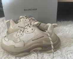 Balenciaga Lace-Up Sneaker beige-white