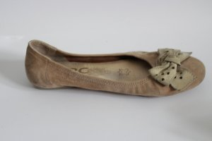 Ballerina mit  Schleife