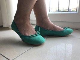 Ballerina/Pumps von Sisley grün Gr.36