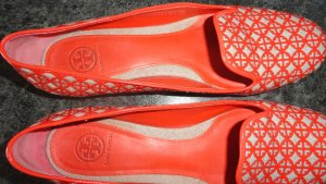 Tory Burch Ballerines en cuir verni orange-saumon tissu mixte