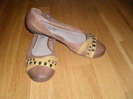 Ballerinas aus Leder von Tamaris in Größe 41