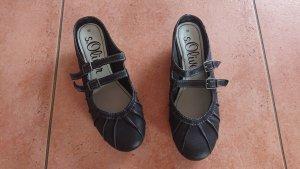 s.Oliver Strappy Ballerinas black