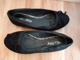 Ballerinas schwarz mit Schleife