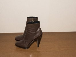 Barbara Bui Platform Booties beige leather