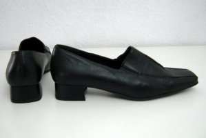 Barisal High-Front Pumps black leather