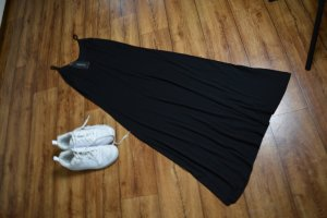 Basic Midi Kleidchen schwarz Gr. 36 von Trendyrol