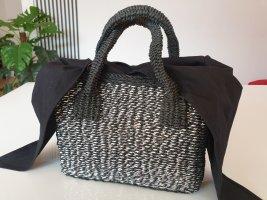 Bast Handtasche schwarz silberfarbenen