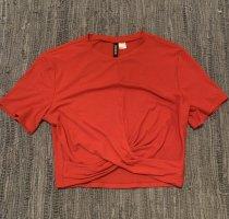 Bauchfreies Shirt, perfekt für den Sommer