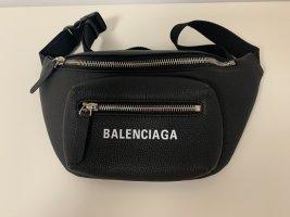 Bauchtasche von Balenciaga