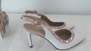 Beautiful Classy  VLT. Pumps at a give away price