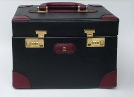Pierre Cardin Cosmeticabox zwart