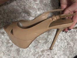 Beige high heels mit Plateau