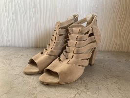 Beige Hochfront Riemen High Heels