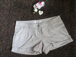 Beige Shorts von Clockhouse