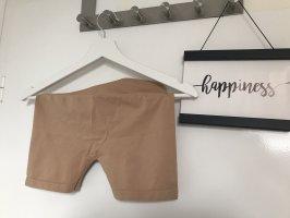 Pieces Pantalón corto deportivo crema-nude