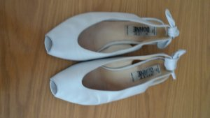 Made in Italy Peep Toe Ballerinas cream leather