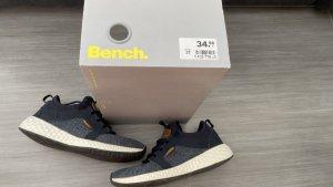 Bench Chaussures à lacets multicolore