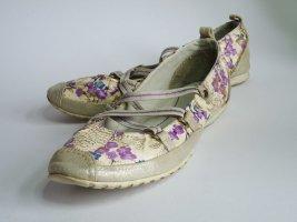 Bequeme Riemchen-Ballerina mit Blumenprint glänzend