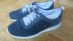 Avena Lace-Up Sneaker dark grey-light grey