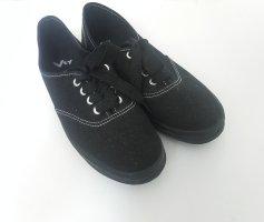 Bequeme Sneaker in Schwarz