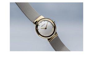 Bering Reloj con pulsera metálica color plata-color oro