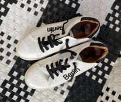 Berlin Sneaker Vollleder in Gr. 37