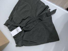 Zara Pantaloncino a vita alta cachi-grigio-verde