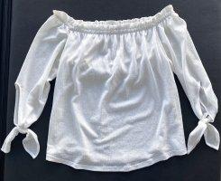 Bershka - Schulterfreie Bluse in Weiß