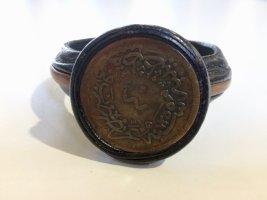 Echt Leder Armreif mit antike Bronzemünze
