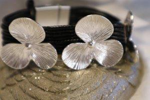 Blossom Betty Braccialetto di cuoio nero-argento