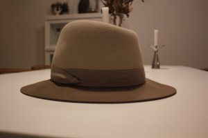 Bi- Color rag & bone Hut in Beige/ camel Gr 57(L)