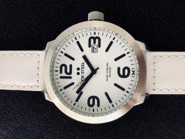 Montre avec bracelet en cuir blanc-noir métal