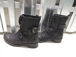 5th Avenue Desert Boots black leather