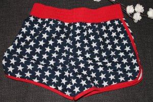 Bikinihose mit Sternen