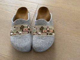 Birkenstock Pantoufles gris clair