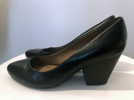 Black Leather Pumps size 38 EU / 5 UK