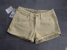 blassgelbe Shorts von Guess