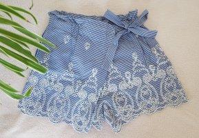 Blau weißer Hosenrock mit Stickereien