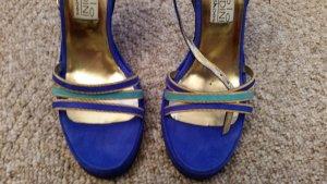 Blaue  Highheels von der Fa. Paolo Biondini