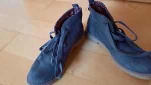 Blaue Schuhe von Deichmann