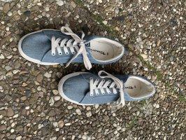 Blaue Tamaris sneaker