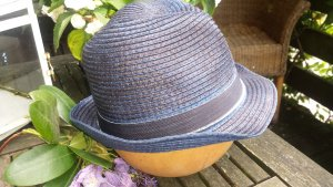 """blauer """"Strohhut"""" mit schwarzer Binde"""