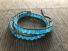 Blaues Perlenarmband