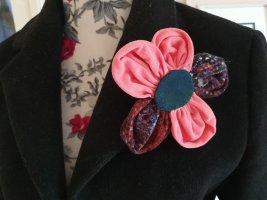 Blumen Anstecker